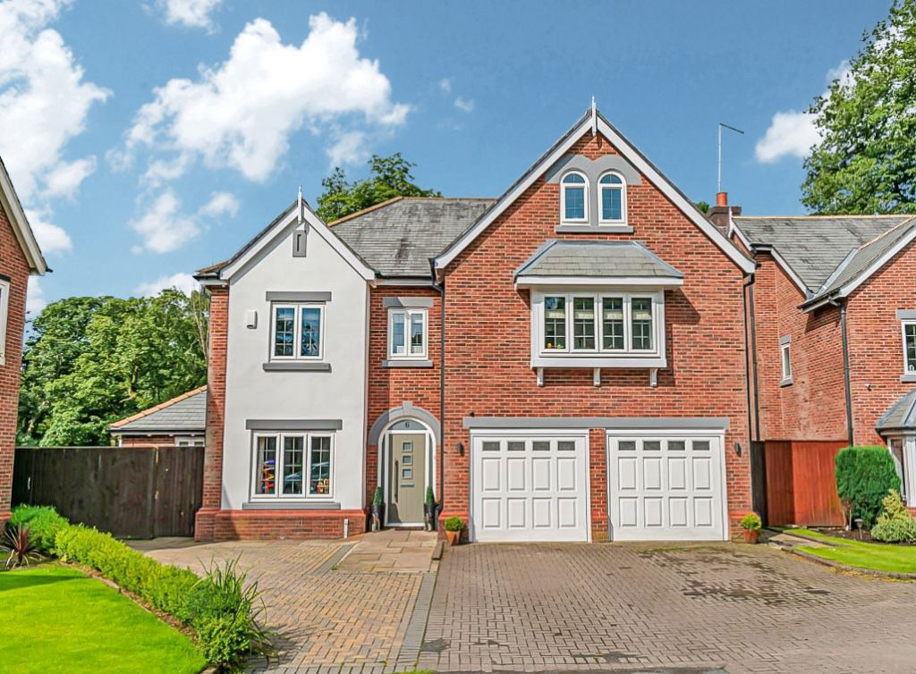 The Keep, Heaton, Bolton. Stunning detached family home